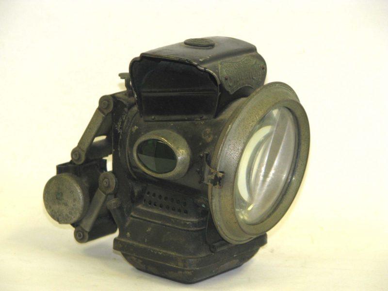 "Jos. LUCAS Ltd. ""Silver King"" Öllampe"