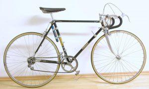 Stollenwerk Rennrad ca. Ende 40er/Anfang 50er Jahre, fahrbereit, alles neu eingestellt und funktionstüchtig, sehr schöner Zustand im Originallack mit angenehmer Patina