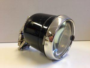 frühe elektrische Frontlampe Radsonne aber ohne Schild oder Kennzeichnung, unbenutzt und sehr guter Zustand, eine kleine Delle im Gehäuse