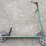 Lot 66: Kinder-Roller grün mit Wippantrieb über Kettenmechanismus, seltenes Modell - Ausrufpreis: 50,00€
